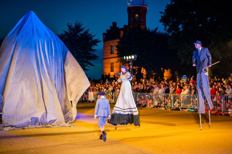 """Prezentacje festiwalowe – """"Zapach Czasu"""""""